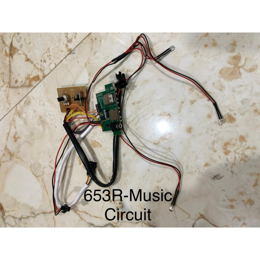 653R ride on car officially licensed gla class music circuit
